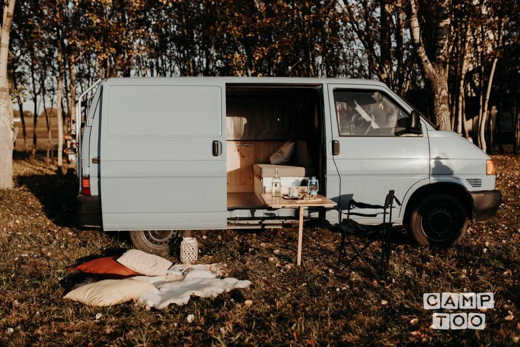 Volkswagen camper from 1997: photo 1/8
