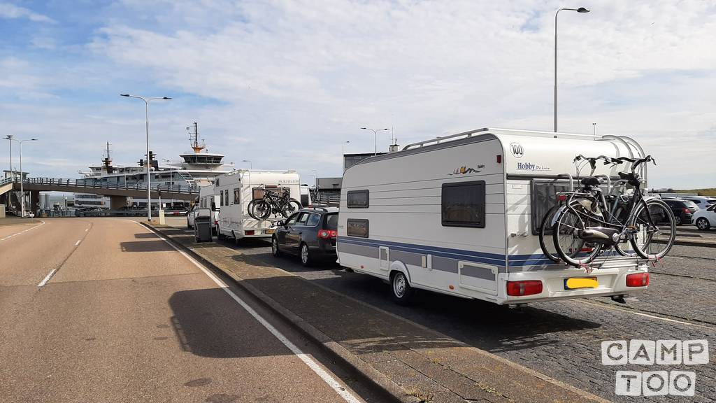 Hobby caravan from 2000: photo 1/8