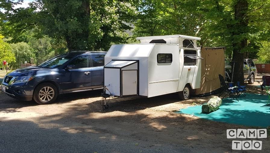 Custom Built caravan from 2005: photo 1/11