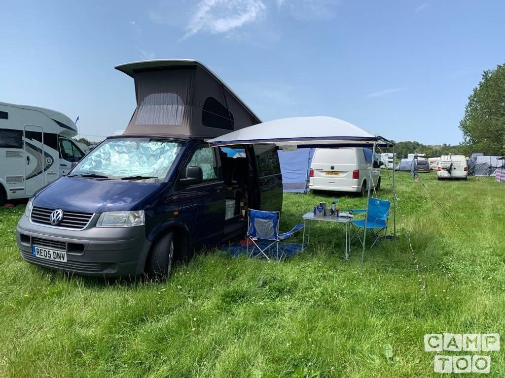 Volkswagen camper from 2005: photo 1/19
