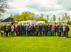Group picture of camptoo community of motorhome owners and employees