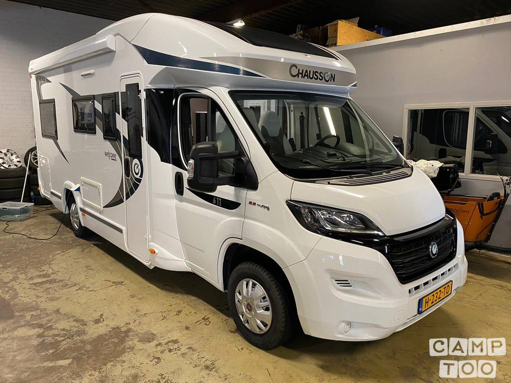 Chausson camper from 2015: photo 1/13