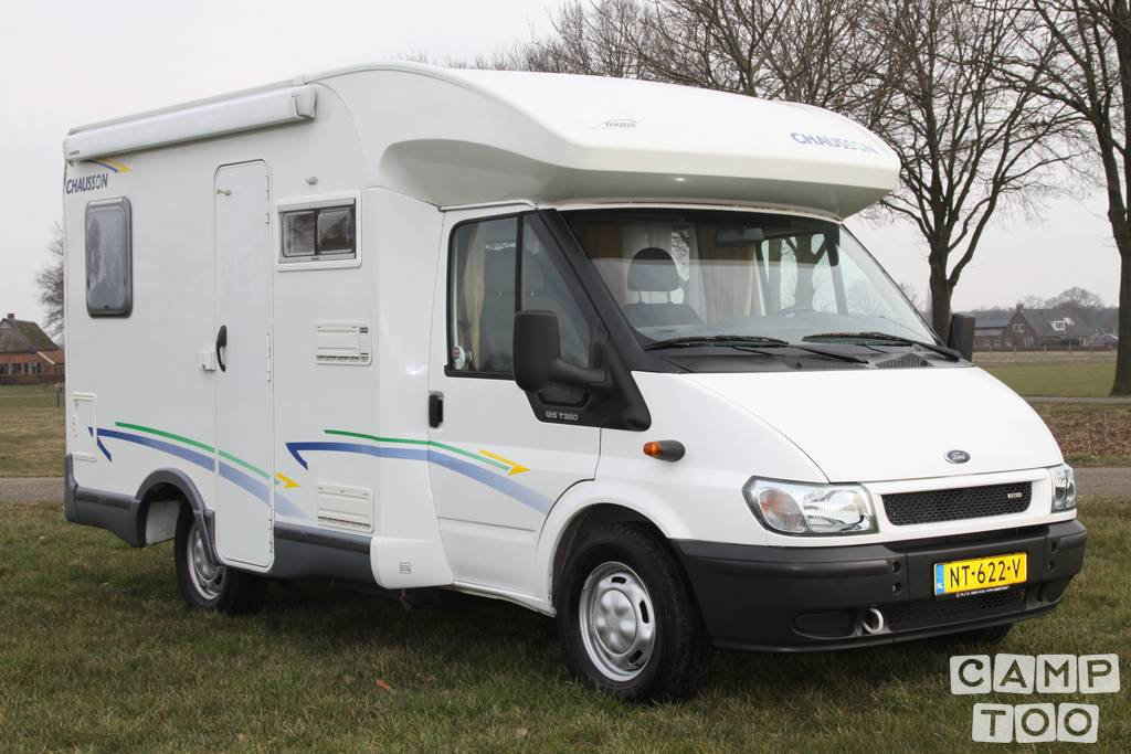 Chausson camper from 2006: photo 1/16