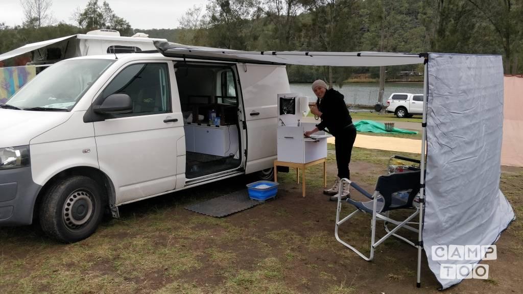 Volkswagen camper uit 2013: foto 1/6