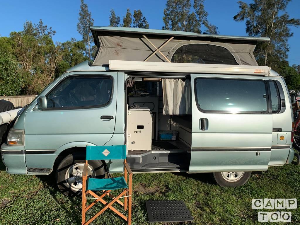 Toyota camper from 2000: kuva 1/9