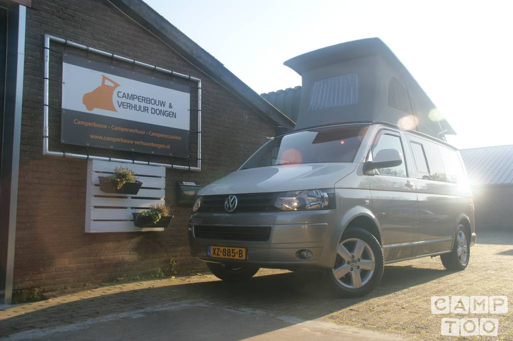 Volkswagen camper uit 2010: foto 1/19
