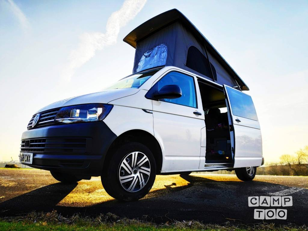 Volkswagen camper uit 2018: foto 1/16