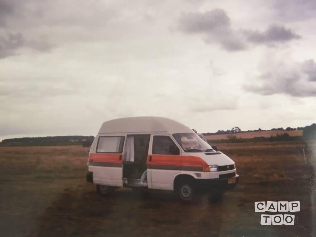 Volkswagen camper uit 1998: foto 1/8