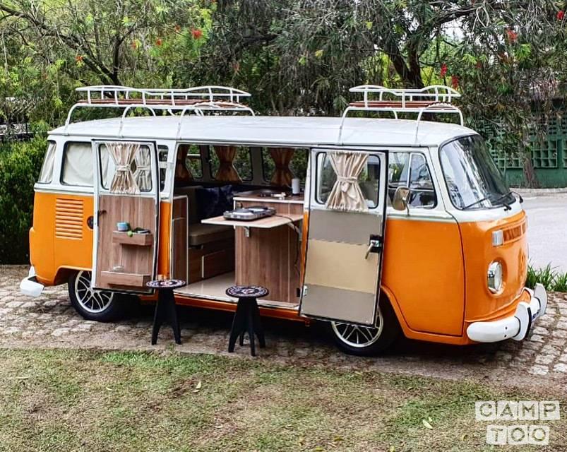 Volkswagen camper from 1981: kuva 1/4