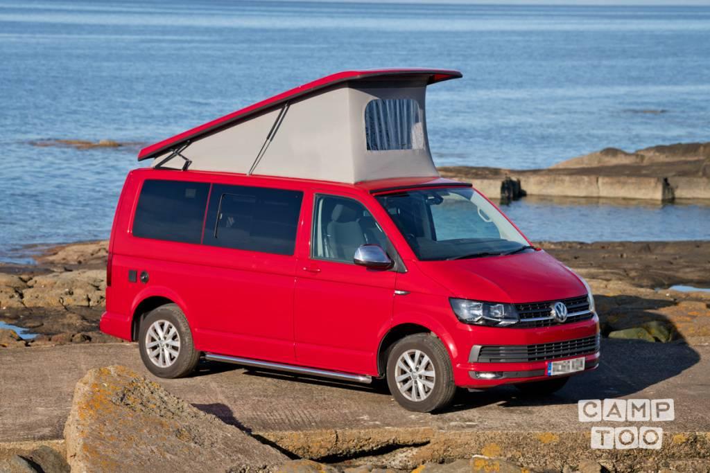Volkswagen camper from 2016: photo 1/19