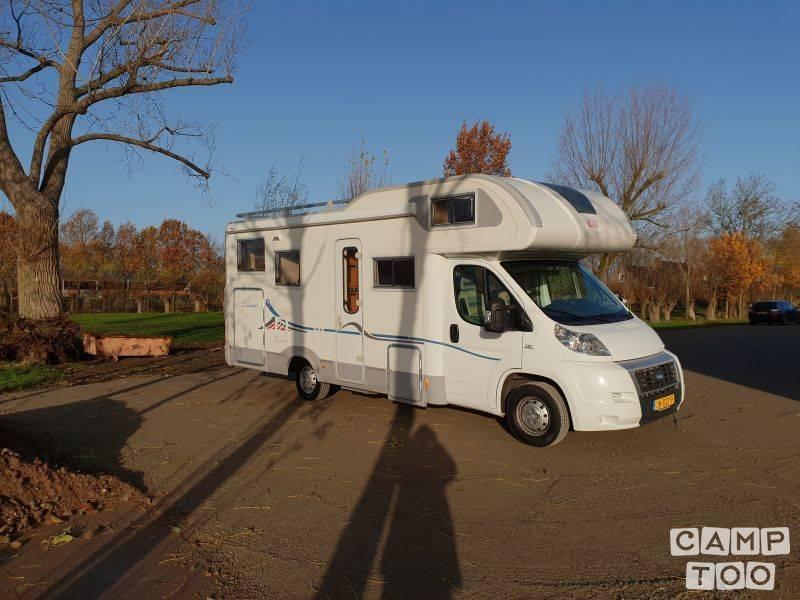 Adria camper from 2009: photo 1/21