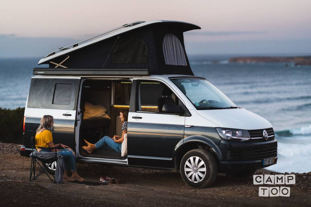 Volkswagen camper uit 2019: foto 1/11