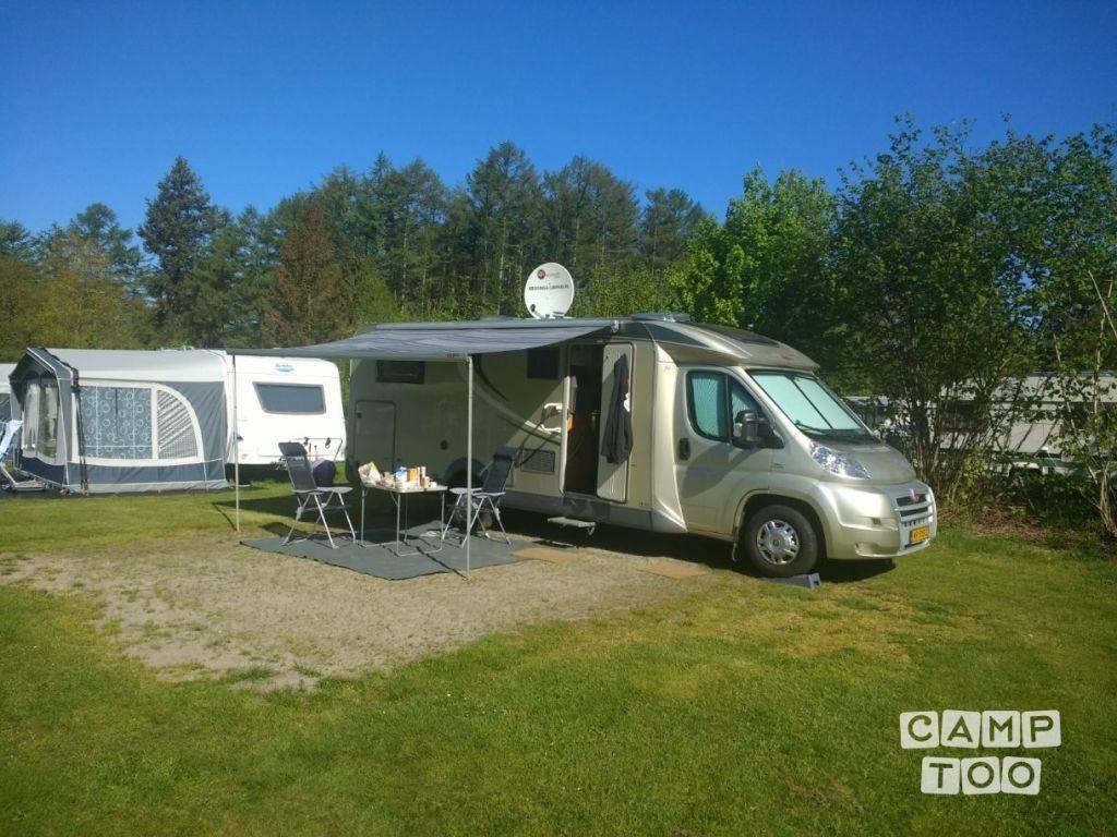 Bürstner camper from 2011: photo 1/18