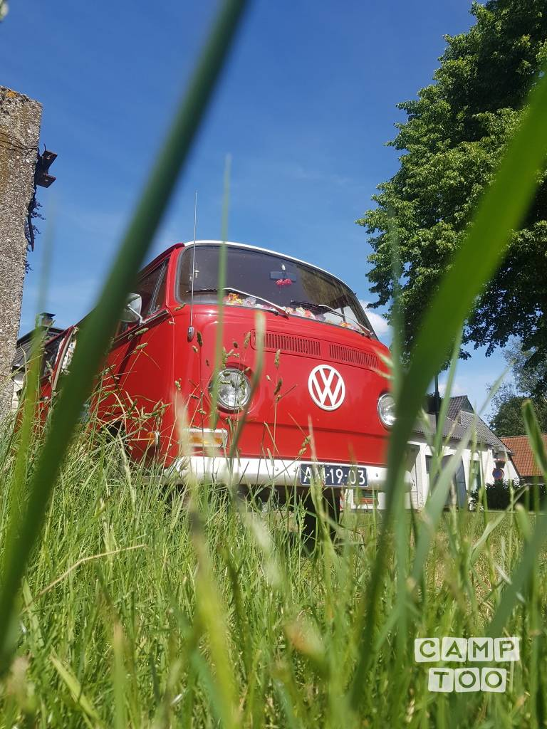 Volkswagen camper from 1970: photo 1/33