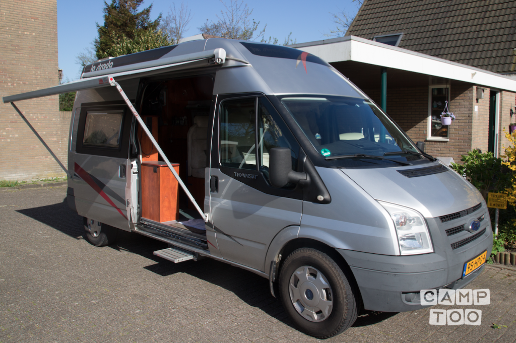 Ford camper from 2009: photo 1/21