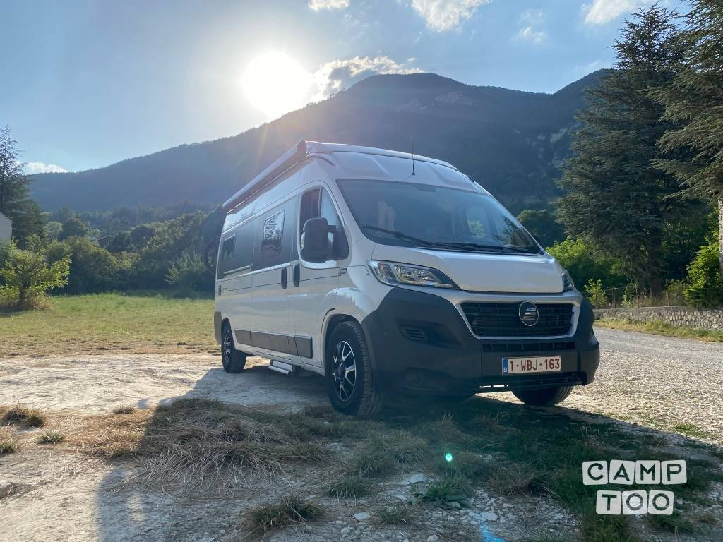 Hymer camper from 2017: photo 1/9
