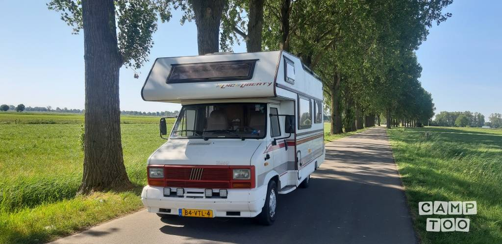 Fiat camper from 1988: photo 1/12