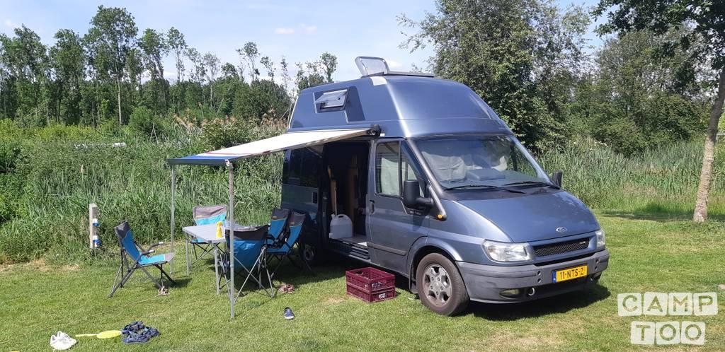 Westfalia camper from 2004: photo 1/18