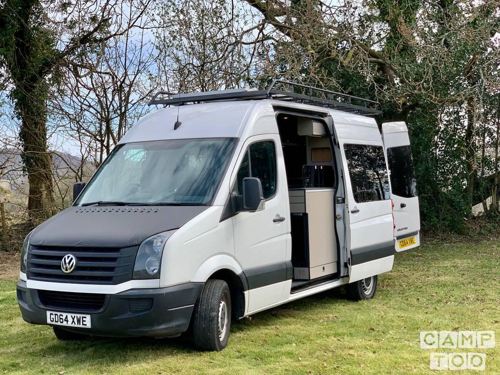 Volkswagen camper from 2019: photo 1/7