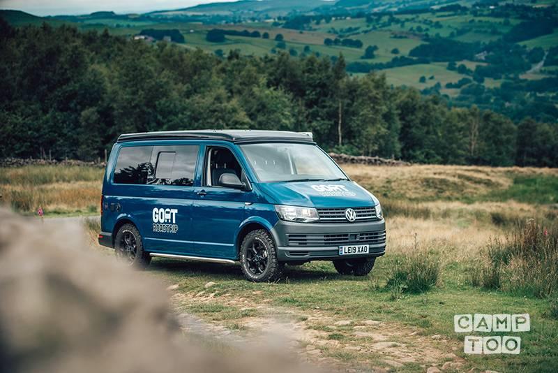 Volkswagen camper from 2019: photo 1/9