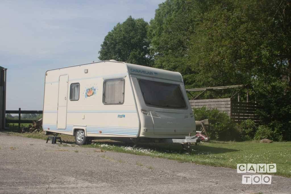 Caravelair caravan uit 1997: foto 1/11