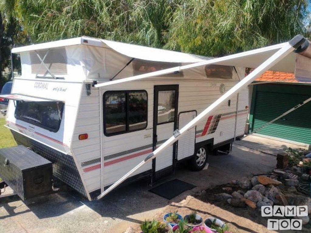 Coromal caravan from 1989: photo 1/13