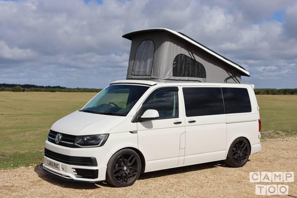 Volkswagen camper from 2015: kuva 1/12