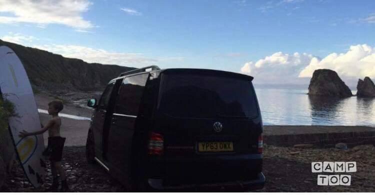 Volkswagen camper from 2013: photo 1/22