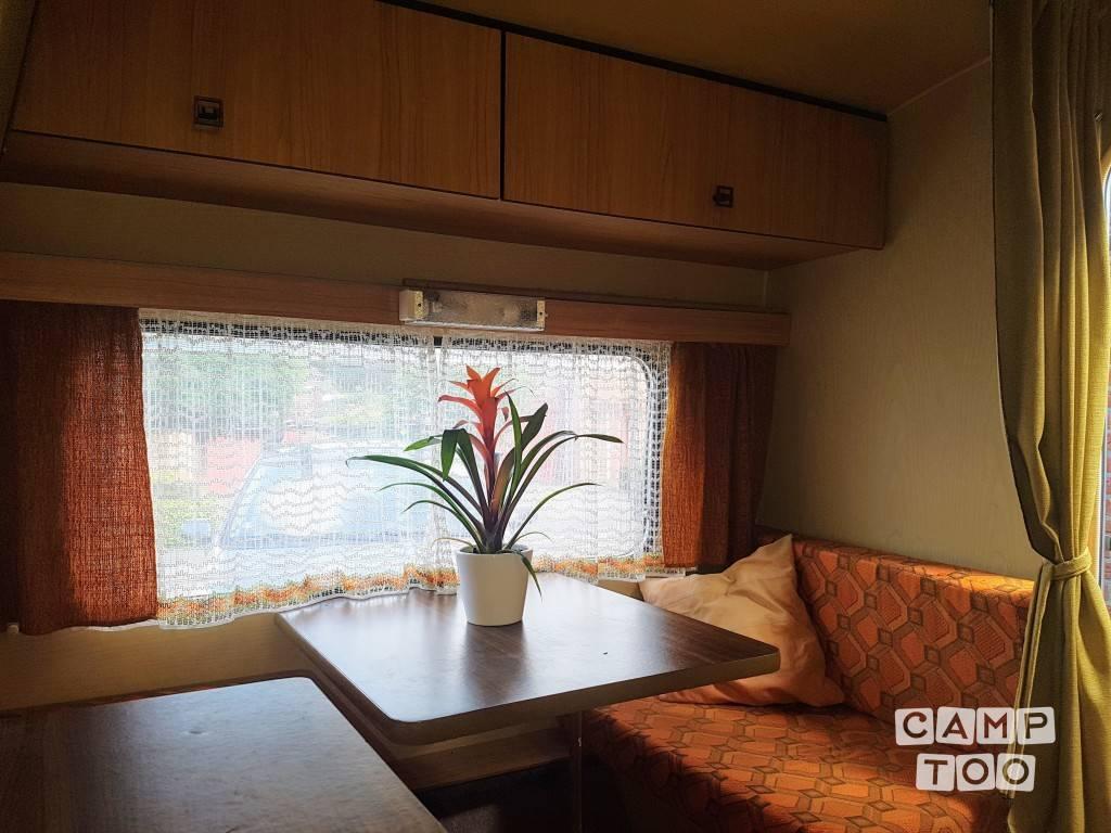 Eifelland caravan from 1980: photo 1/14