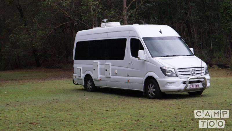 Mercedes-Benz camper uit 2014: foto 1/9