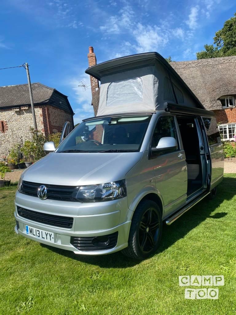 Volkswagen camper from 2013: photo 1/16