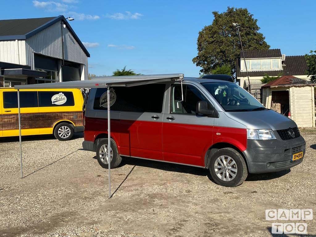 Volkswagen camper from 2009: photo 1/12