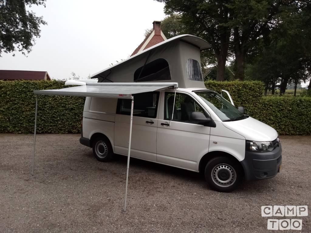 Volkswagen camper uit 2013: foto 1/18