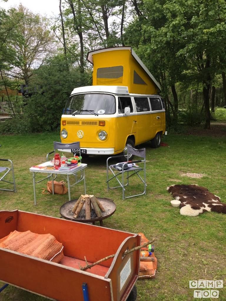 Volkswagen camper from 1978: photo 1/2