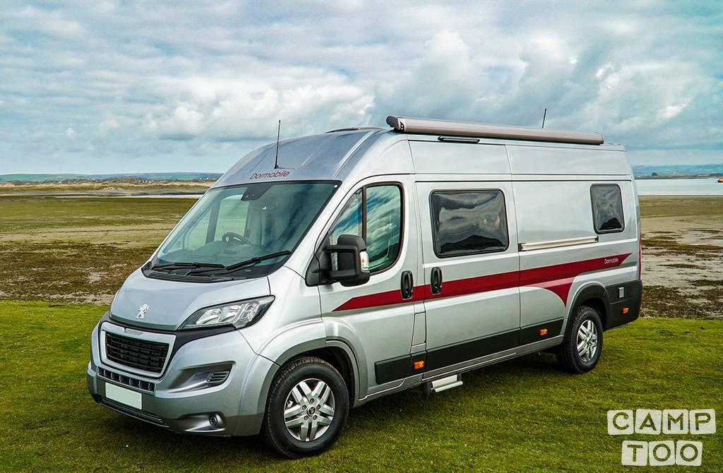Peugeot-Boxer-camper-van-motor-home.jpeg