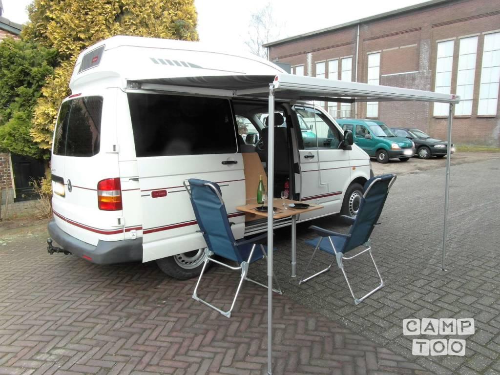 Volkswagen camper from 2005: photo 1/6