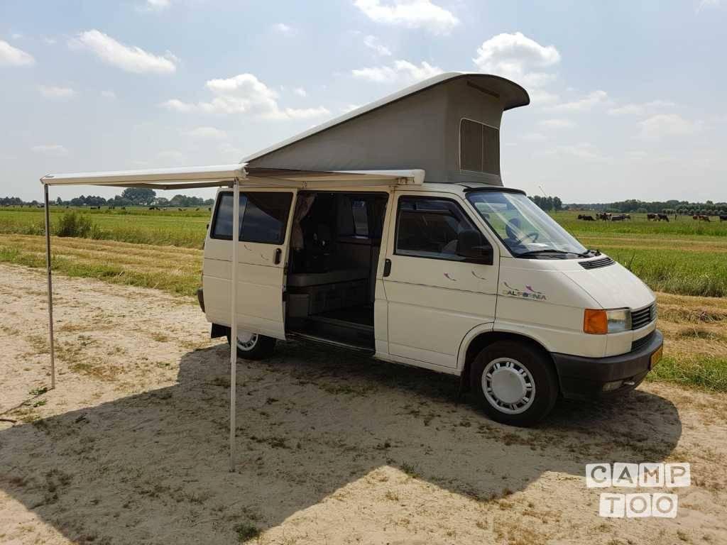Volkswagen camper uit 1991: foto 1/9