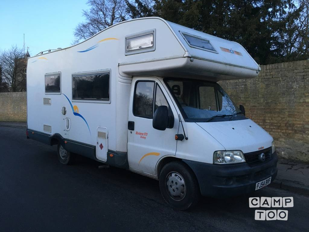 Fiat camper from 2004: photo 1/3