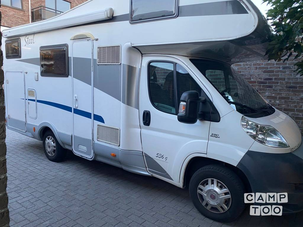 Fiat camper from 2009: photo 1/9