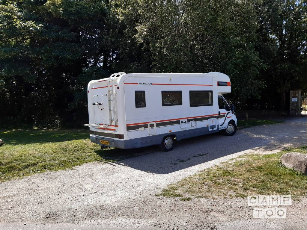 Auto Trail Motorhomes camper from 2003: photo 1/11