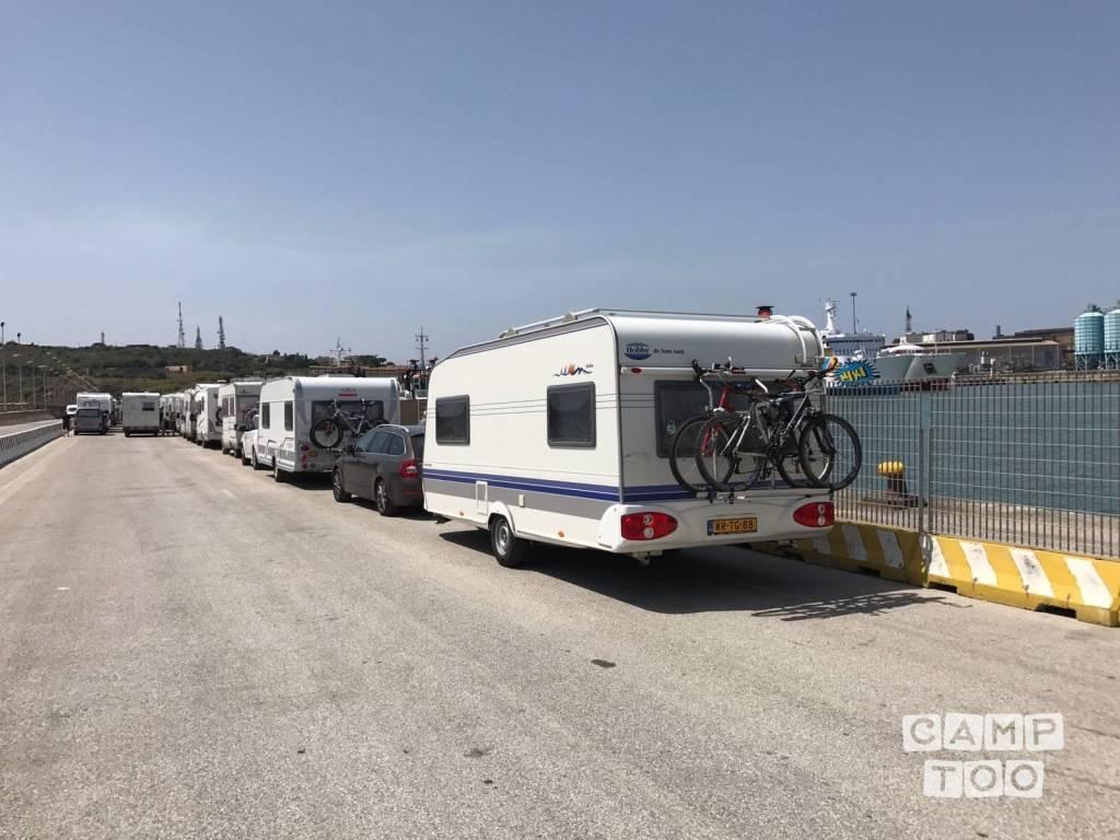 Hobby caravan uit 2006: foto 1/15