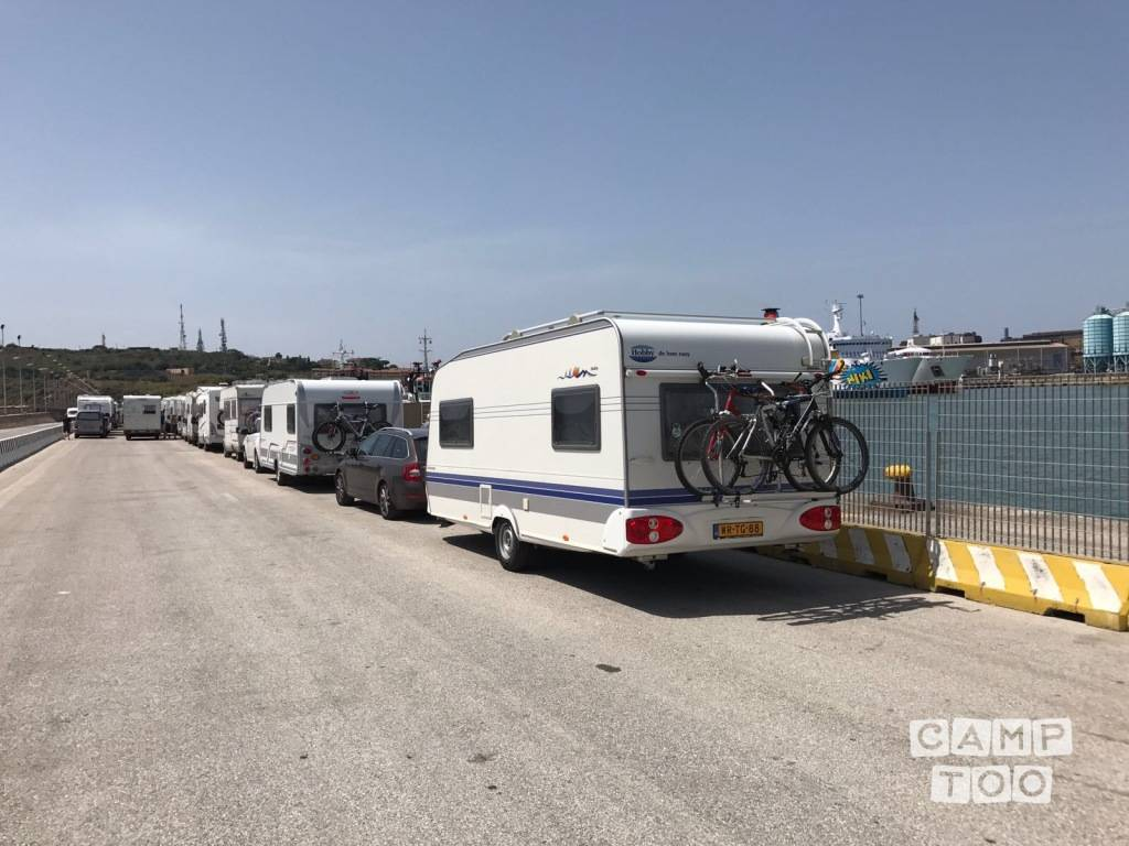 Hobby caravan from 2006: photo 1/15
