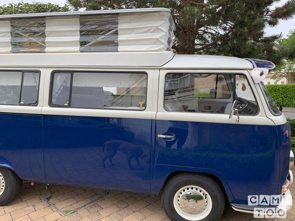 Volkswagen camper from 1971: photo 1/22