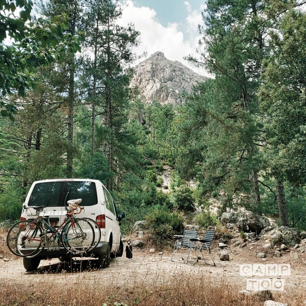 Volkswagen camper uit 2008: foto 1/15