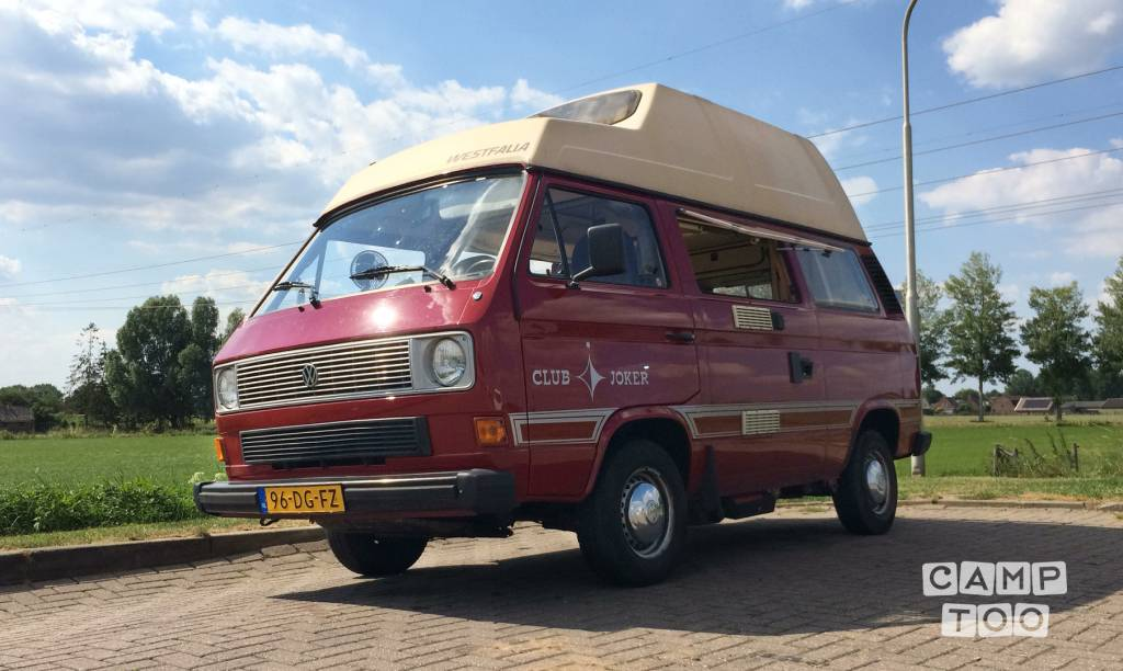Volkswagen camper from 1983: photo 1/20