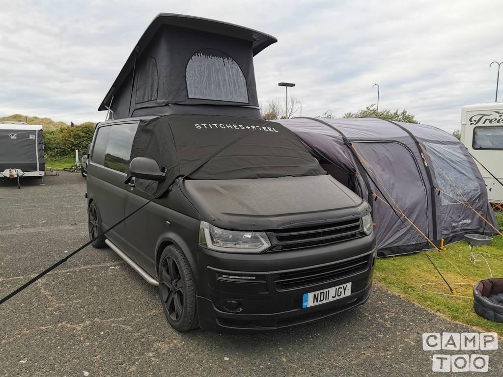 Volkswagen camper uit 2011: foto 1/11