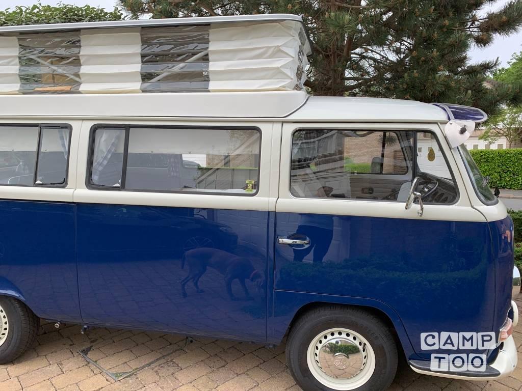 Volkswagen camper uit 1971: foto 1/22