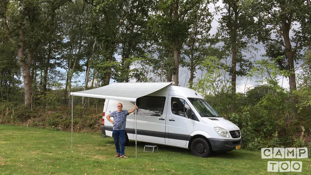 Mercedes-Benz camper from 2011: kuva 1/12