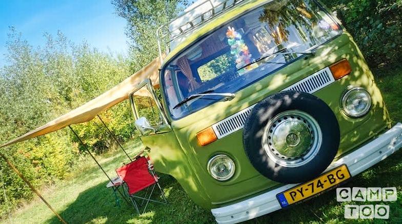 Volkswagen camper from 1977: photo 1/16