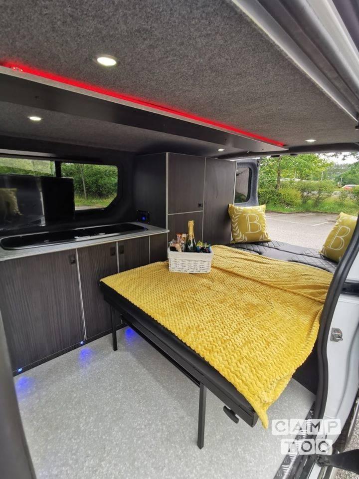 Vauxhall camper uit 2014: foto 1/16